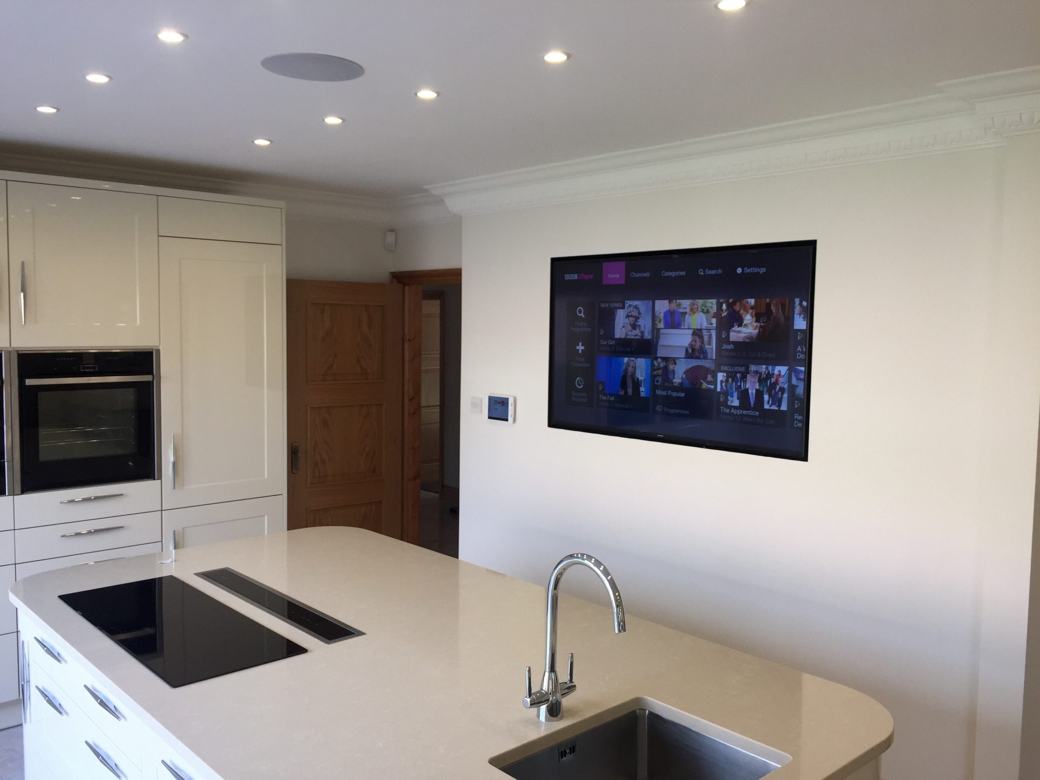 Wall Mounted Tv In Kitchen Csvi